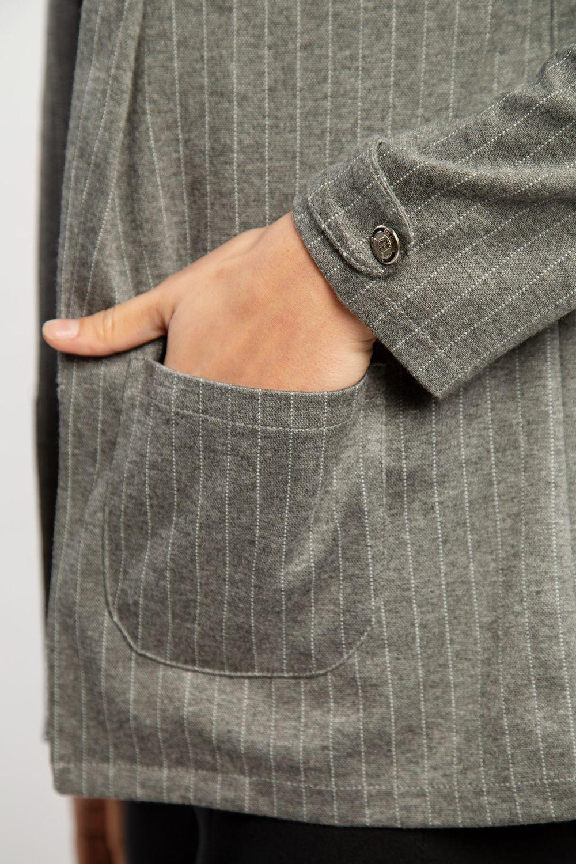 Blazer-Stripes-Gris-Claro-40