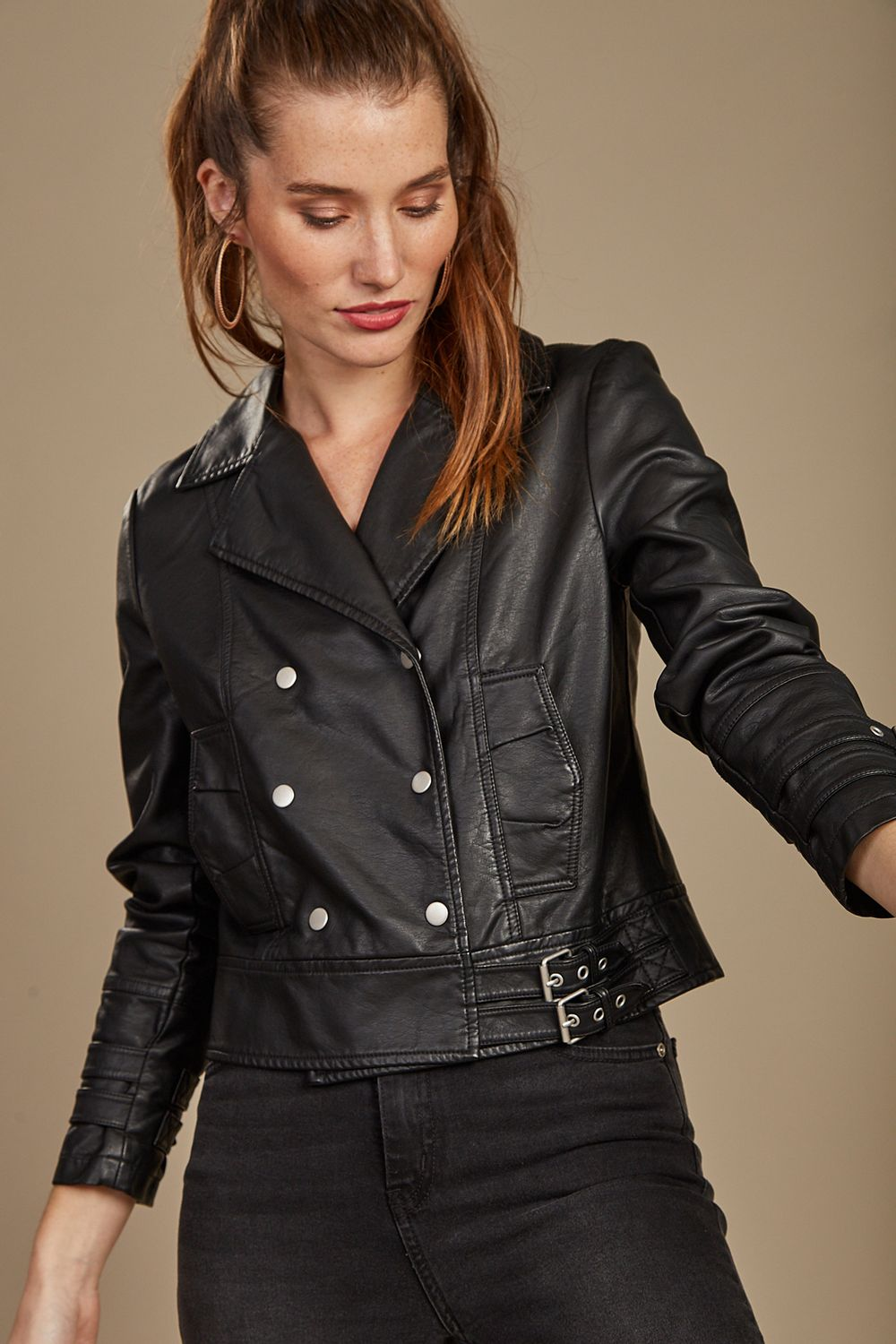 Campera-Carrie-Negro-40